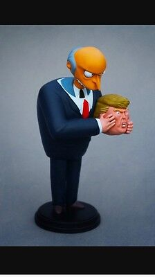 ICONS UNMASKED Alex solis collectible figure TRUMP THE SIMPSONS RARE! Kid Robot