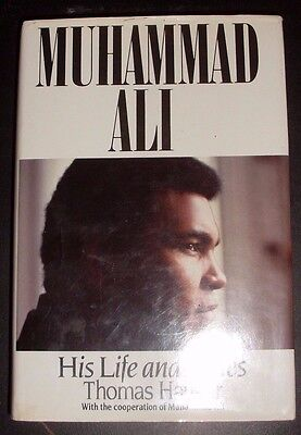 Muhammad Ali  World Heaveyweight Champion Signed Book Aftal