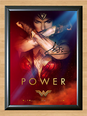 Gal Gadot Wonder Woman Signed Autographed A4 Photo Poster Movie Memorabilia dvd