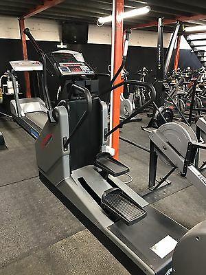 Life Fitness 9500hr Cross Trainer Commercial