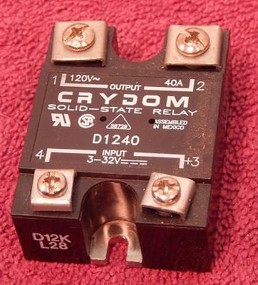 Crydom D1240 Solid State Relay Input 3-32Vdc Controls 120Vac 40Amps