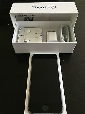 Apple iPhone 5s - 16GB - Space Gray (Rogers - Fido-Chatr Wireless)