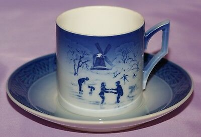 """Royal Copenhagen 1989 Christmas Cup & Saucer """"The Old Skating Pond"""""""