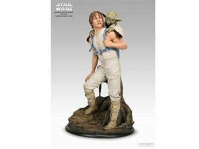 NEW Sideshow Collectibles Premium Format Star Wars Luke and Yoda 1:4 Scale