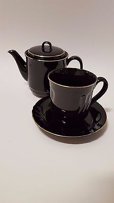 Kyoto Imperial Porcelain Mystique, glossy black with gold, 3 piece tea set