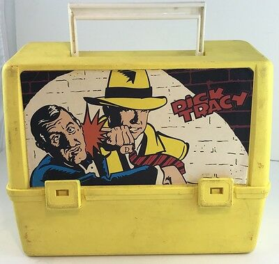 Dick Tracy yellow lunch box and Thermos vintage 1990s Canada