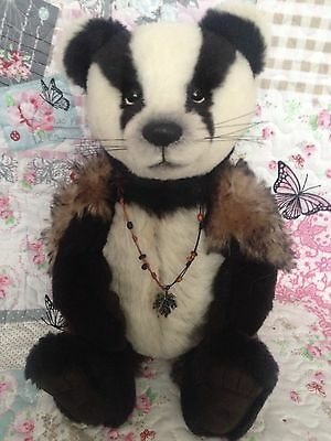 CHARLIE BEARS BROCK BADGER 2013 LIMITED EDITION ISABELLE LEE BEAR low number 17