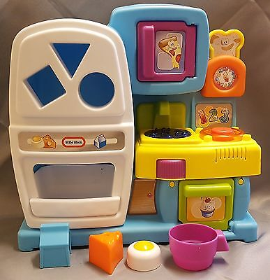 Little Tikes Discover Sounds Kitchen, Complete with Shape Sorter Accessories
