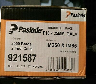 Paslode 25mm F16 Straight Brad Nails & 2 Fuel Cells expiry 2009 galvanized 48hr