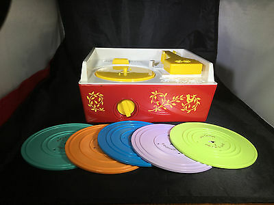 EC Fisher Price Classic Music Box Record Player Works Great Complete w/Records