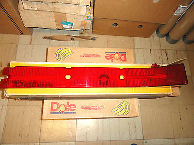1965 Buick Electra Nos Guide Rh Tail Light Lamp Lens W/box 5956318