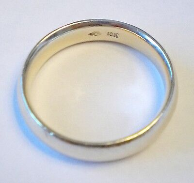 Men's 18K Solid White Gold Comfort-Fit Wedding Band 5mm 6.4 grams ring size 9.5