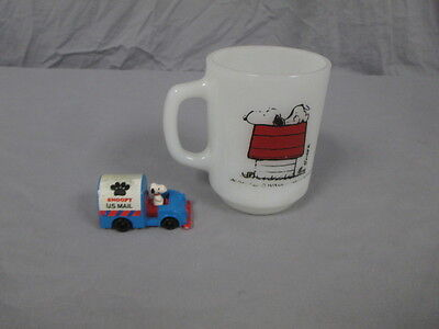 Vintage Lot of Snoopy Toy/Mug; Anchor Mug, and United Feature Syndicate Mail Toy • $6.99