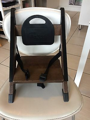 Minui Handy Sitt high chair with carry bag