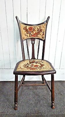 Antique vintage bedroom chair / occasional chair