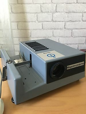 Boots QI Magazine Slide Projector