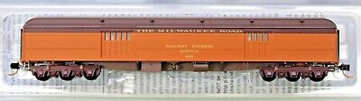 N Scale MICRO-TRAINS LINE 147 00 120 MILWAUKEE ROAD 70' Heavyweight Baggage Car