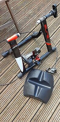 ELITE VOLARE BIKE TURBO TRAINER - Cycle - Includes front tyre holder