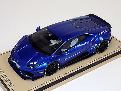 1/18 MR Collection Lamborghini Huracan Coupe Liberty Walk Red Blue Leather Base