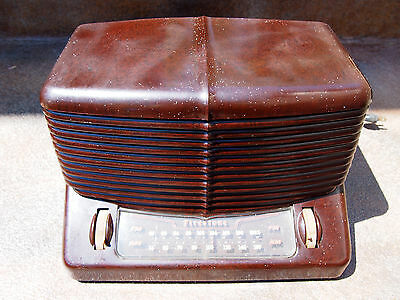 Vintage Firestone 4-A-12 Narrator Am/Fm Bakelite Radio