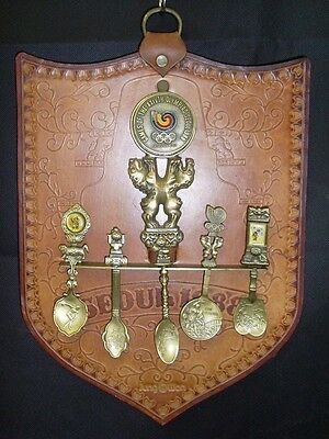 Seoul Olympics 5 Spoon Collection And Presentation Badge On Leather Shield  (Tr)