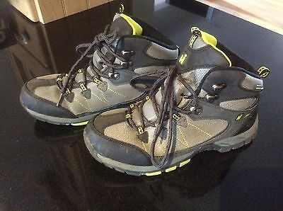Hi gear walking boots size 5 boys/girls charcoal grey and lime green waterproof