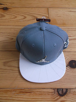 Jordan Snapback 23 Cap ,size 'youth' ,color Grey/white