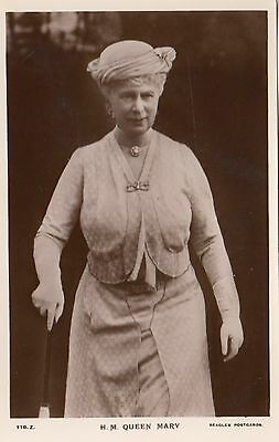 Her Majesty QUEEN MARY 1930s J. Beagles Real Photo Postcard 116.Z.