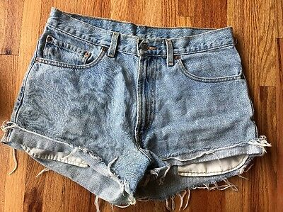 Levis 550 Relaxed Fit Blue Jeans Cut Off Shorts Vintage High Waist Women's W 32""