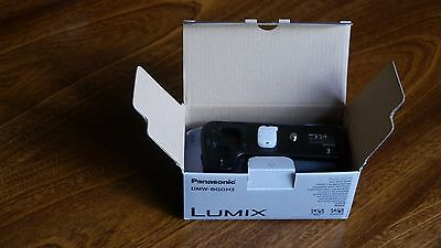 Panasonic  DMW-BGGH3 for GH3 and GH4 battery grip and panasonic battery, unused