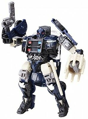Transformers C1321ES10 The Last Knight Premier Edition Deluxe Barricade Figure