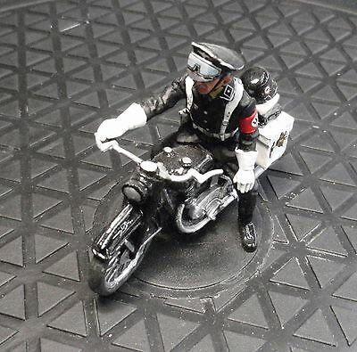 King and Country LAH055 Motorcycle Escot