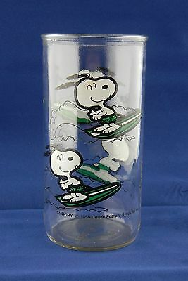 "Peanuts Dog ""Snoopy"" Surfing Drinking Glass 1958 United Feature Syndicate Inc."