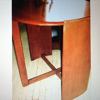 """Rare / Gilbert Rohde for Heywood Wakefield """"Fin"""" Table / with label , 1930's"""