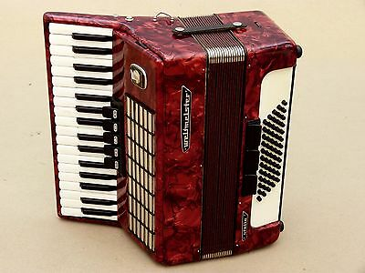 Very Nice German Accordion Weltmeister Stella 60 bass Including Case