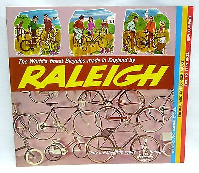 1968 Raleigh Bicycle Sales Catalog Brochure Fireball Rodeo Superbe Super Course