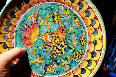 Handmade Italian DIPINTO A MANO Hand Painted Large  Wall Plate Unique Design.