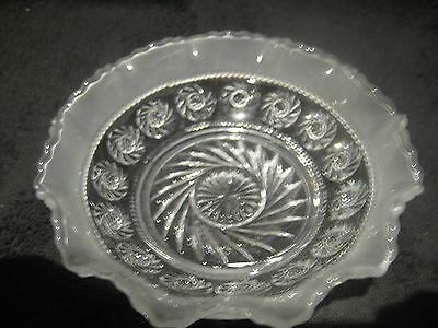 STUNNING VINTAGE ETCHED CUT GLASS DISH FRILLED EDGE 13cm UNUSED