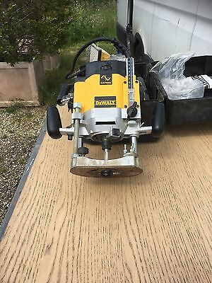 "*used* Dewalt Dw625Ek 1/2"" Variable Speed Plunge Router 110V - Gr8 Condition!!"