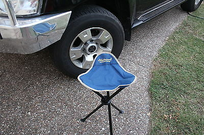 SHAKESPEARE   3 LEGGED FISHING STOOL COMES WITH CARRY STRAP AND BAG reels, rods