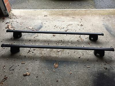 Thule Roof bars With Railing Foot Pack