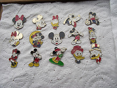 lot de 15 pin's DISNEY