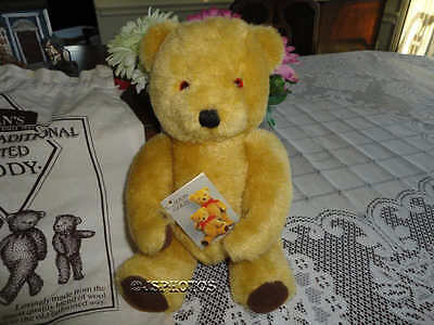Deans LONDON GOLD Mohair Bear in Case Bell in Ear