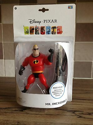 New - Mr Incredible Poseable Figure - Includes Omnidroid 10  Grappling Claw