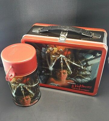 NECA - A Nightmare On Elm Street Lunch Box and thermos