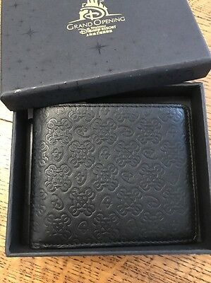 disney wallet Shanghai Disneyland Grand Opening Limited Edition Leather Wallet