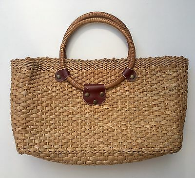 Vintage 70s Woven Straw Rectangle Basket Bamboo Handle Medium Hand Bag