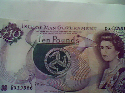 isle of man £10..  bank note in good condition