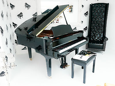 YAMAHA GC2 SH SILENT GRAND PIANO IMMACULATE 18 Months Old