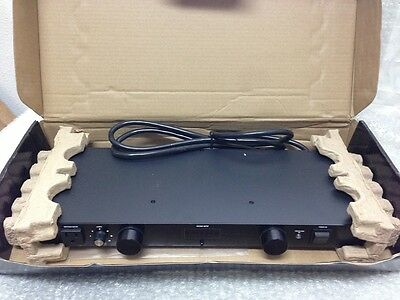 Furman M-8Dx 9-Outlet 15 Amp Power Conditioner W/ Lights M8Dx